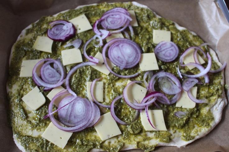 Pizza express vegan au pesto et courgette (8)